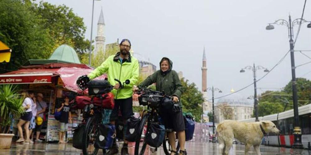 Bisikletleri ile Dünyayı Geziyorlar