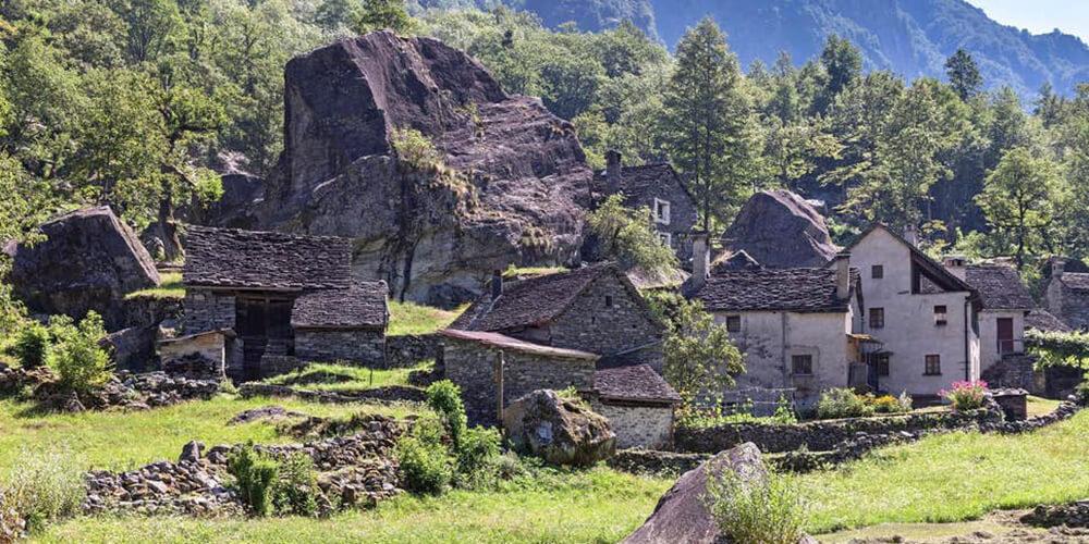 İsviçre'de 6 TL'ye Köy Evi