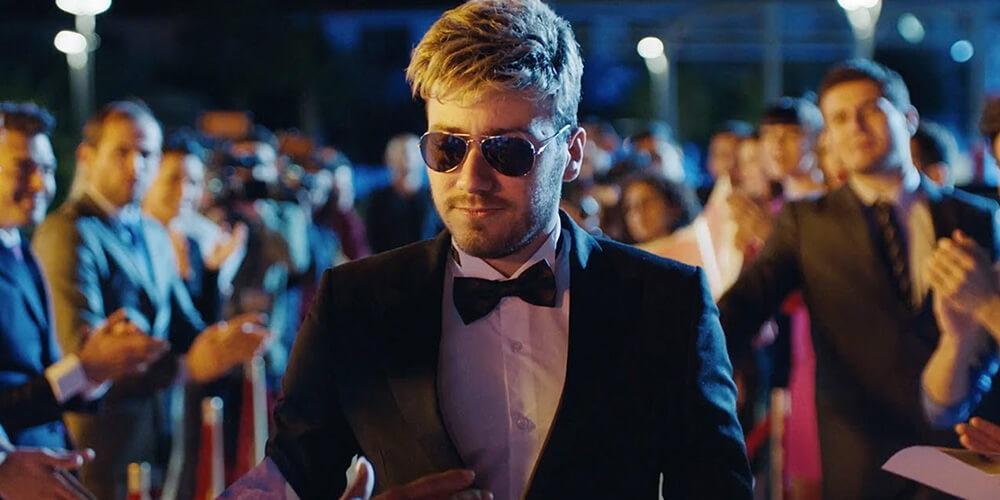 Netflix Enes Batur'un Filmini Satın Aldı